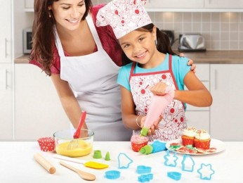 CHILDRENS COOKING & PLAY CENTRE $198,000 (14474)